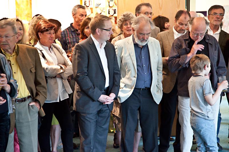 Murnaus Bürgermeister Beuting im Gespräch mit dem Tusculum-Gründer Bernhard Kölbl